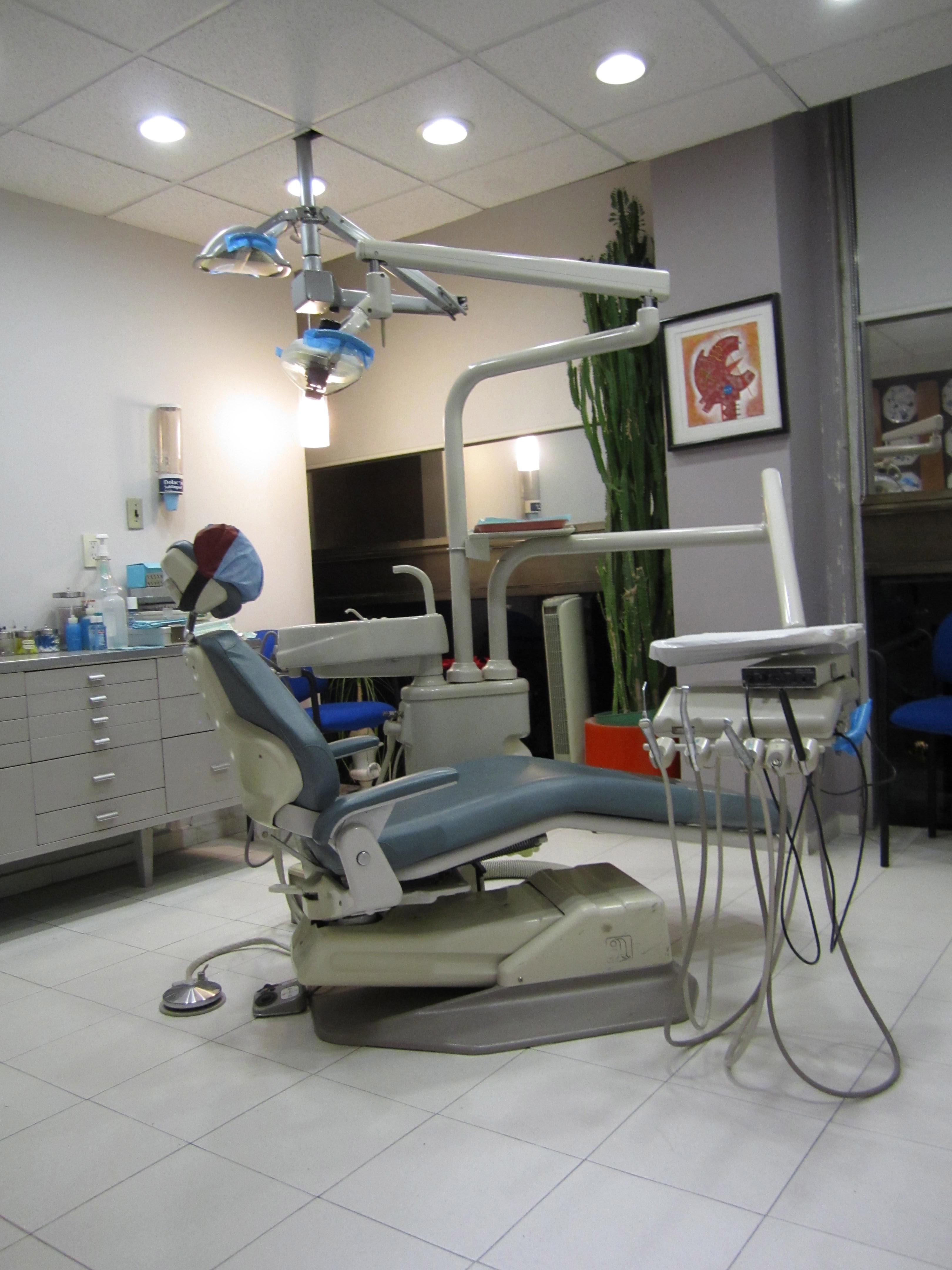Instalaciones y equipo dental for Clinica condesa citas